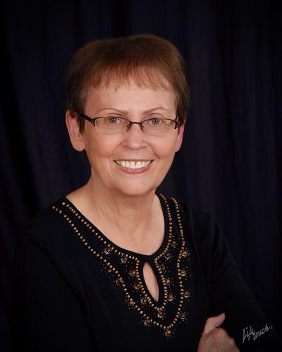 Martha Bederio, Member